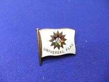 vtg badge holiday camping universal flag camp  1950s
