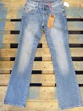 ** SOUNDGIRL **  NWT Womens Jeans Billie Bootcut Med Distressed Blue SZ 30 x 33