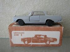 MERCEDES 250SE PLASTIC on MEBETOYS tools 001 from Russia Soviet USSR