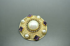 Vintage 70s Accessocraft purple faux pearl glasses brooch pendant