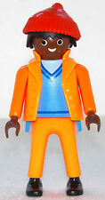 COLORED WORKER WITH BOBCAP PLAYMOBIL to Garbage disposal USA Construction Road