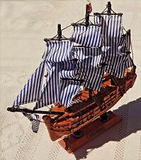 "VINTAGE 1996 HMS BOUNTY - 9"" WOODEN REPLICA - TALL SHIPS OF THE WORLD COLLECTION"