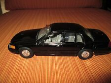 Welly 1:27 scale 1999 Ford Crown Vic Black, Great for custom Police