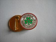 a2 CLIFTONVILLE FC club spilla football calcio pin nord irlanda northern ireland