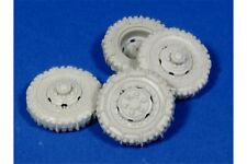 "PANZER ART RE35-136 1/35 Road Wheels witch chains for M3 ""Scout Car"""