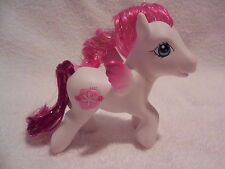 My Little Pony Pegasus DAISY MAY White Body Pink Cutie and Tinsel Hair G3 2006