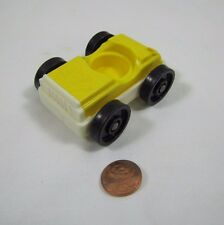 Vintage Fisher Price Little People YELLOW CAR w/ WHITE Base for GARAGE TOWN Cute