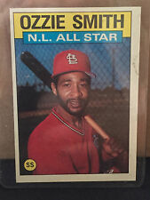 1986 Topps # 704 Ozzie Smith ... NM-MT+ ......  CARDINALS ....RB-4150