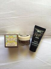 Benefit cream shadow..Talla 3,2 gr.+Mini they´re real remover. Talla mini 7,5 ml