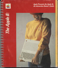 "VINTAGE (1983) MANUAL: APPLE IIC ""AN INTERACTIVE OWNERS GUIDE"" (144 PGS)"