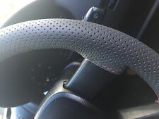 FOR HONDA INTEGRA 85-89 DARK GREY PERFORATED LEATHER STEERING WHEEL COVER RED ST