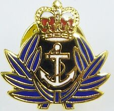 WRNS CLASSIC HAND MADE IN UK GOLD PLATED LAPEL PIN BADGE