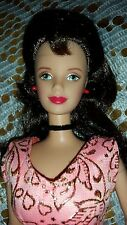 BARBIE DOLL BRUNETTE DARK BROWN HAIR  MACKIE FACED BIG RED LIPS