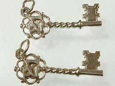 Vintage 925 plata encanto par de claves de cumpleaños 21ST 3.3g a506