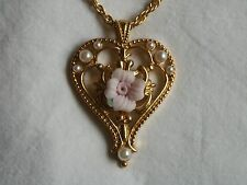 Avon Victorian Style Heart Necklace 1994 Goldtone Faux Pearls Pendant