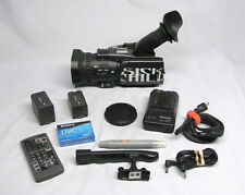 Panasonic Pro AG-DVC30 3CCD Mini-DV Camcorder w/Accessories - only142 Hours!