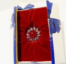SWAROVSKI SCS 2002 RENEWAL GIFT  FLOWER DAISY  WITH  RED CENTER , CLEARANCE