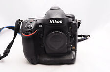NIKON D4 BODY WITH BATTERY AND CHARGER