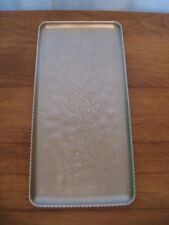 HAMMERED ALUMINUM RECTANGULAR TRAY WITH DESIGN