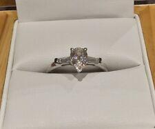 Pera 1.4 Quilates Diamante Anillo en Platino por claridad tamaño boutique o