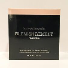 Bare Escentuals bareMinerals Blemish Remedy Foundation - Clearly Porcelain 01