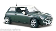 MAISTO MINI COOPER GREEN NEW IN BOX 1/24 DIECAST CAR 31219GRN
