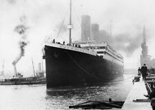TITANIC  (DEPARTING THE LAST PICTURE OF THE TITANIC) PHOTO REPRINT A4 260GSM