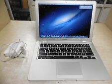 "Apple MacBook Air A1304 13.3"" Laptop - MC233LL/A (June, 2009)"