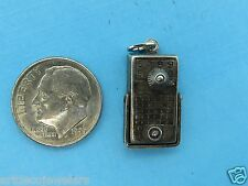 Vintage silver BEAUCRAFT MOVABLE KNOB & HANDLE ANTIQUE TRANSISTOR RADIO charm