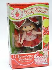 VINTAGE 1983 KENNER PARTY PLEASER STRAWBERRY SHORTCAKE DOLL WITH CUSTARD PET NIB