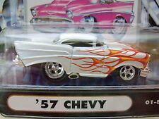 MUSCLE MACHINES (1957) '57 CHEVY BEL AIR  - PEARL WHITE / FLAMES - 1/64 DIECAST