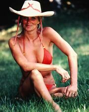 "Linda Evans 10"" x 8"" Photograph no 2"