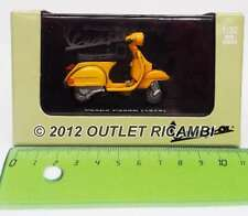 605045M-P200E 605045M-MODEL PIAGGIO VESPA P200E P200E (1978) YELLOW 1:32 SCALE