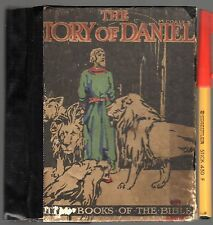 1927 Children's Reader THE STORY of DANIEL & the Lions Pocket Hardcover Bible