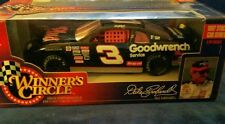 1997 Winners Circle 1:24 Nascar Diecast - Dale Earnhardt Sr GOODWRENCH PLUS