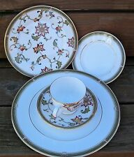 CH3582  WEDGWOOD OBERON 5 PIECE PLACE SETTINGS