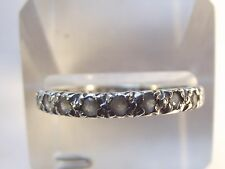 VINTAGE 9CT WHITE GOLD SPINEL ETERNITY RING SIZE O