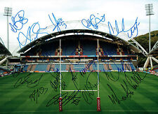 Huddersfield Giants 2015 Squad Signed Rugby Autograph HUGH 16x12 Photo AFTAL COA