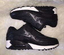 NEW Nike Air Max 90 Black Stingray Pebbled Print Sneaked MENS 6 = WMNS 7.5