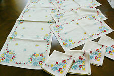 VTG Cottage Breakfast tea Set of 3 Placemats, 4 napkins & Table runner Floral