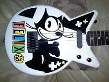 """Cool electric guitar promo licensed 3/4 travel """"Felix The Cat""""!"""