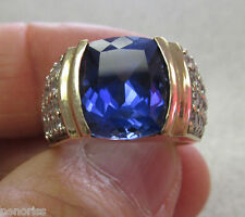 Unisex 10K   Synthetic Blue Sapphire & Clear Stone Ring size 7  Gorgeous!!!!!!