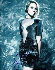 HOT SEXY LEAH PIPES SIGNED 8X10 PHOTO AUTHENTIC AUTOGRAPH THE ORIGINALS CW COA