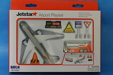 New Jetstar Airport Toy Playset Die Cast metal Boeing 787  Daron RT 7576
