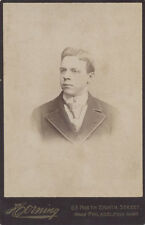 CABINET CARD PORTRAIT OF HANDSOME YOUNG MAN W/ STYLISH HAIR - PHILADELPHIA, PA