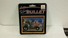 1/64 SILVER BULLET PULLING TRACTOR