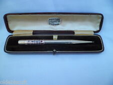 9ct GOLD 'BRIDGE' PROPELLING PENCIL WITH PERPETUAL CALENDAR IN BEAUTIFUL DETAIL