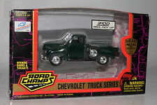 ROAD CHAMPS DIECAST CHEVROLET TRUCK SERIES, 1953 3100 PICKUP, GREEN, 1:43 SCALE