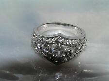 Estate Elegant Cut-Out Center SIlvertone Pointed Band w Clear Rhinestones Ring