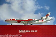Hogan Wings 1:200 MD-11F Martinair Cargo PH-MCU LI2889G + Herpa Wings Katalog